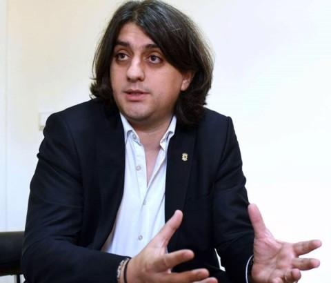 Zeqiri  Shqiptarët shmangën më të keqen në Maqedoni
