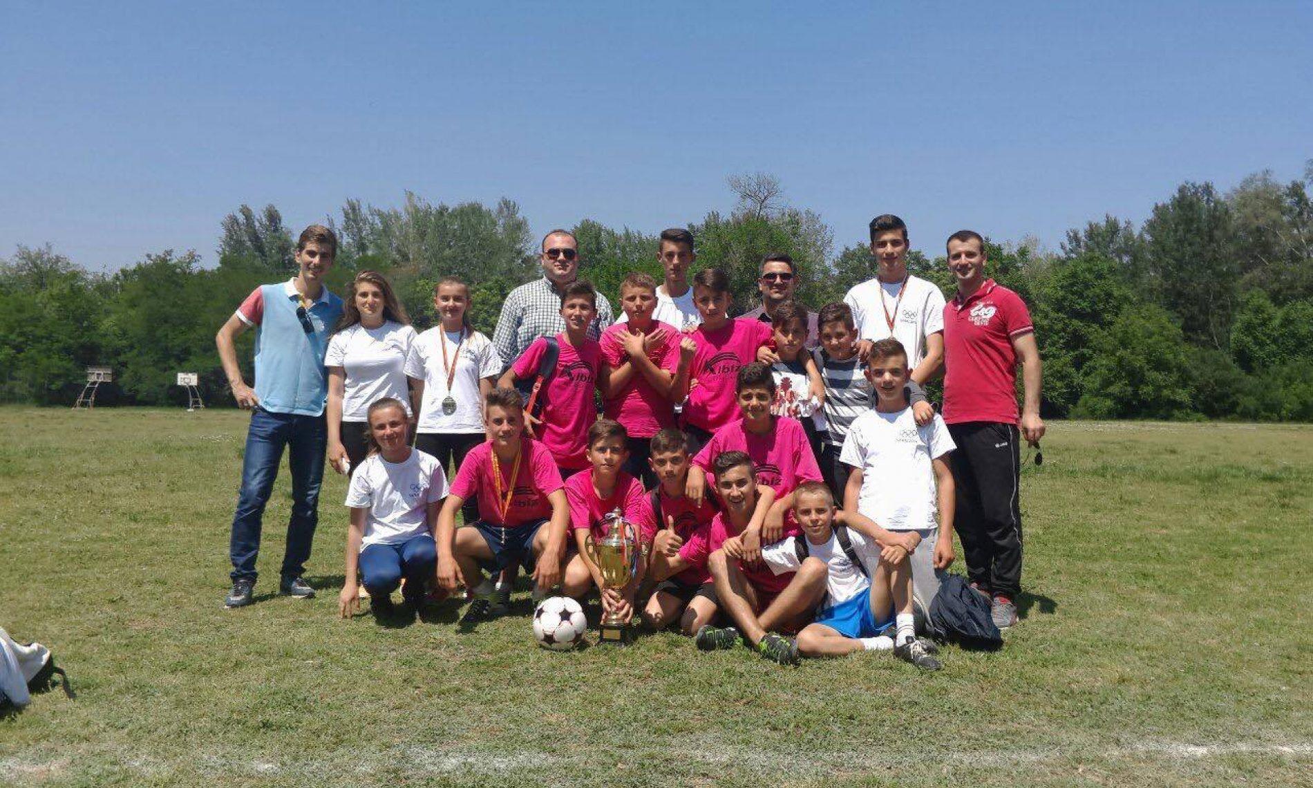 Shf Bedri Tahiri Svillare fitues të olimapdës në futboll nga Komuna Saraj