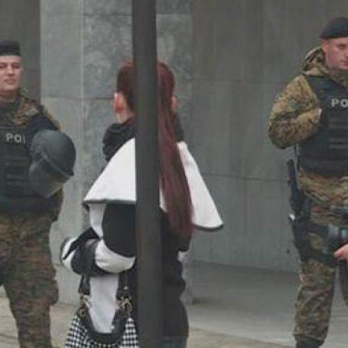 Rasti i Kumanovës, familjarët e policëve të vrarë me dyshime