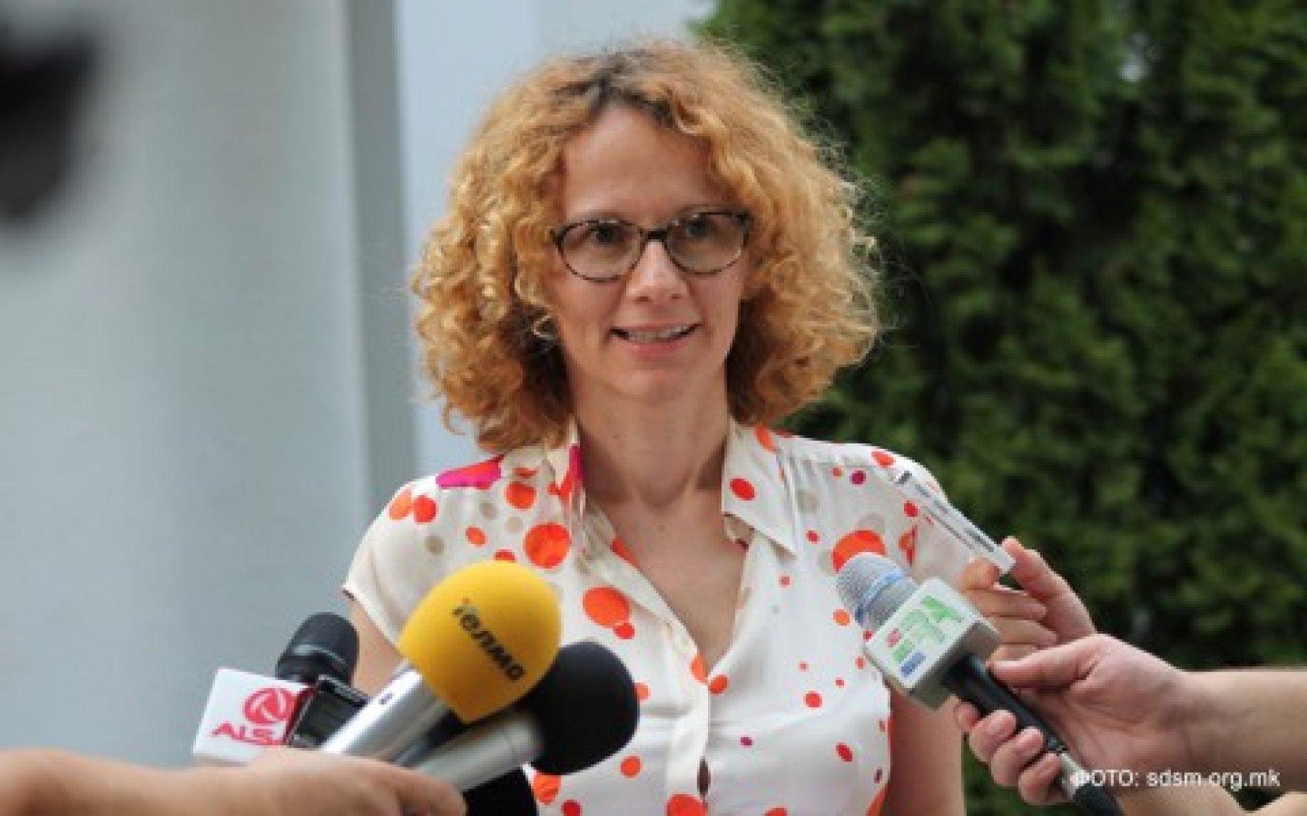 """Shekerinska: Front i gjerë opozitar për t'i thënë """"jo"""" frikës dhe izolimit"""
