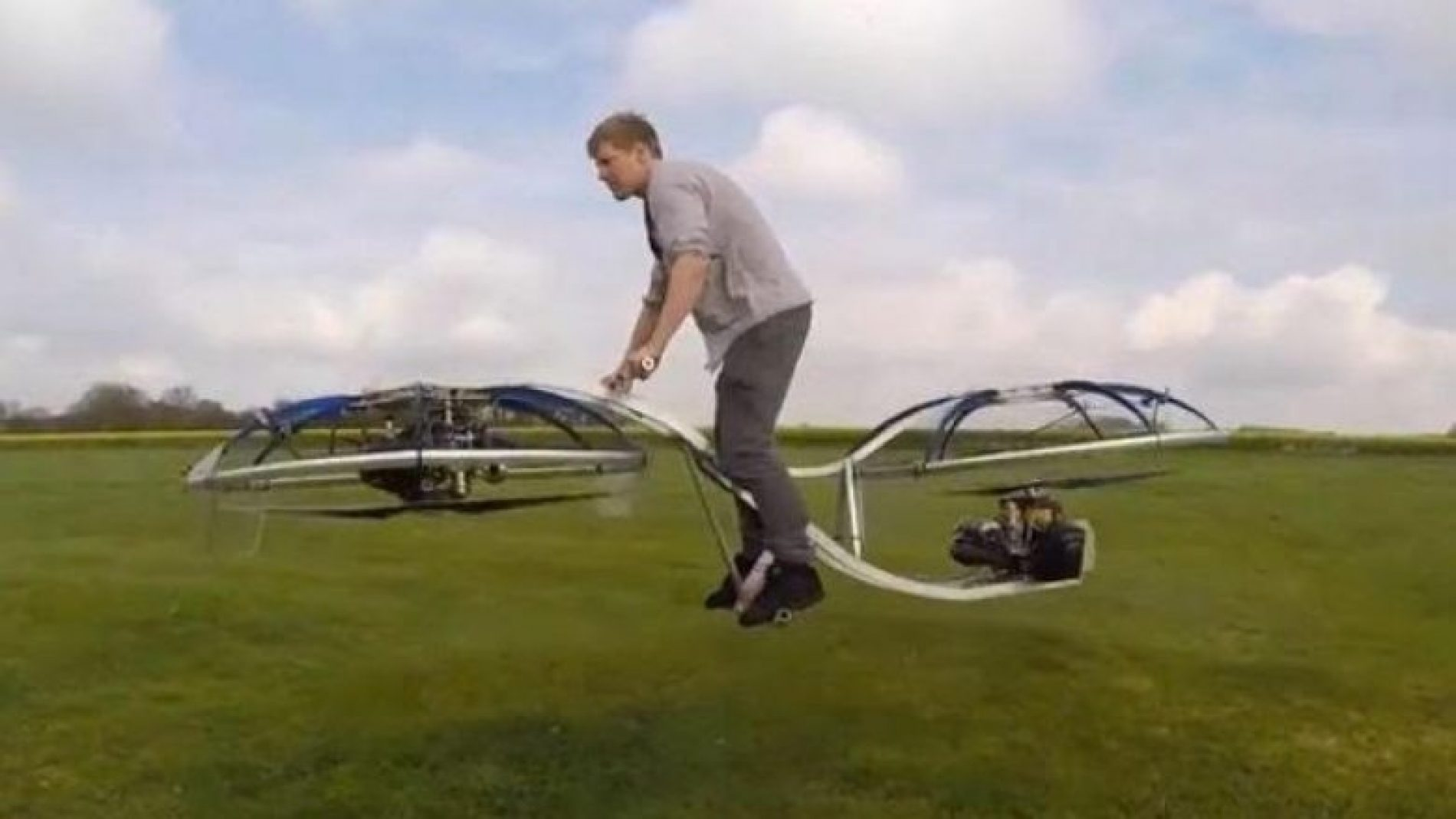 Biçikleta që mund të fluturojë (Video)