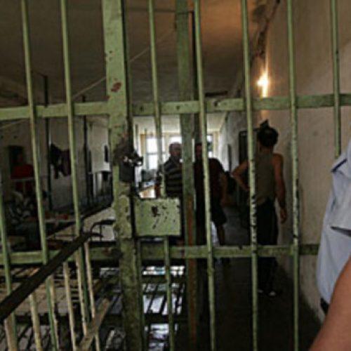 Ish-pjestarët e UÇK-së paralajmërojnë grevë urie në burgjet e Maqedonisë