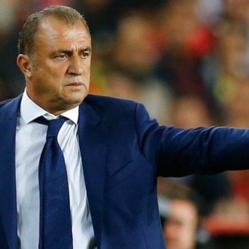Fatih Terim flet para ndeshjes, Kosovën e quan shtet vëlla