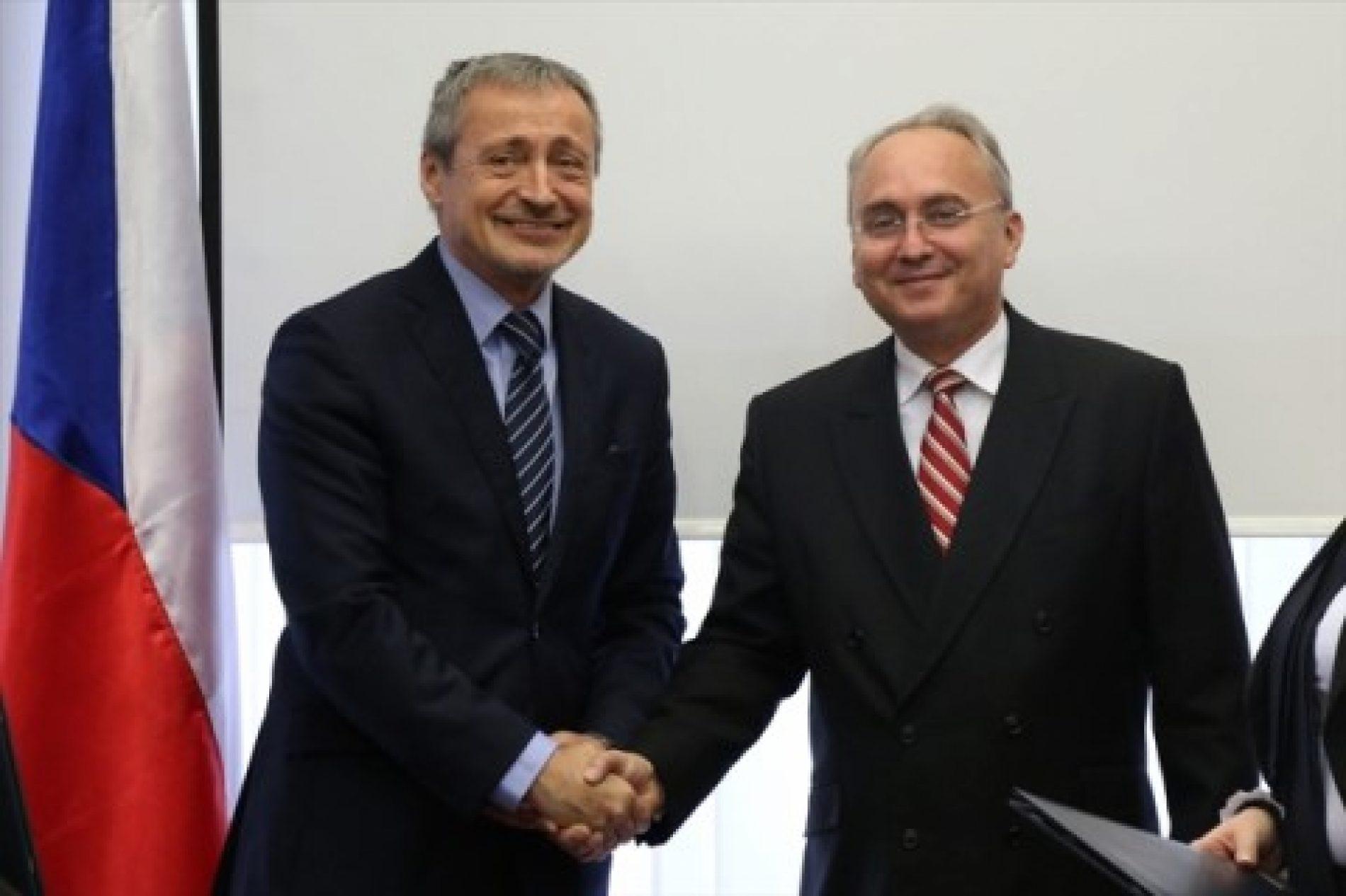 Stropnicky: Republika Çeke do të vazhdojë mbështetjen për Maqedoninë
