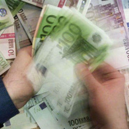 Maqedonia e zhytur në borxhe