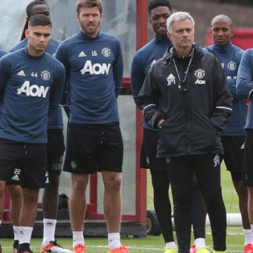 Unitedit i kthehet lojtari i rëndësishëm për derbin me Liverpoolin