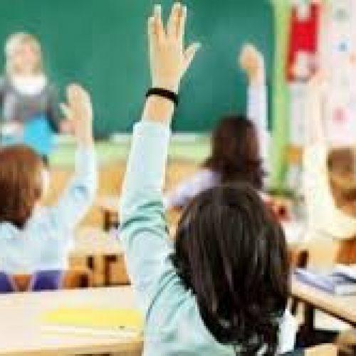 Rreth 270.000 nxënës në Maqedoni, nesër e fillojnë vitin shkollor