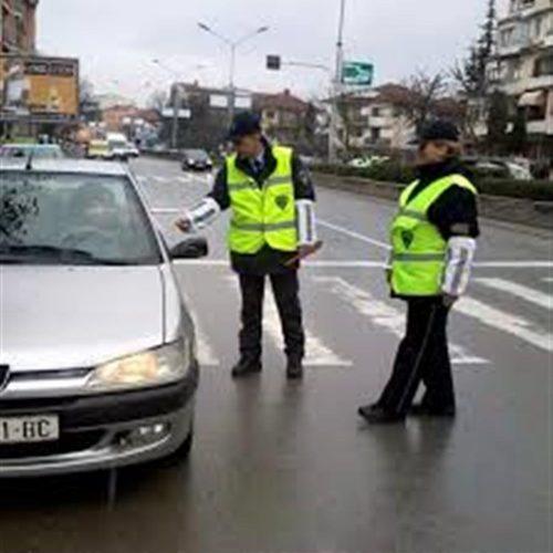 Policët në Idrizovë trajnohen si të ndalojnë të arratisurit me automjete