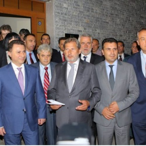 """Han do t'i presë liderët partiak në terren të vetin në """"shtëpinë e BE-së"""""""