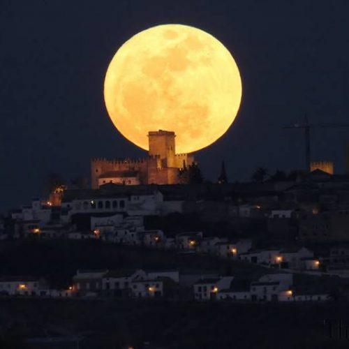 Nuk duhet të humbisni qiellin më spektakolar të shekullit!