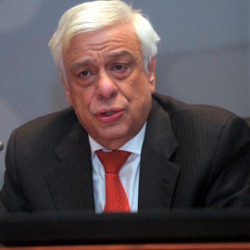 Pavlopulos: Vetoja për hyrjen e Maqedonisë në BE dhe NATO mbetet