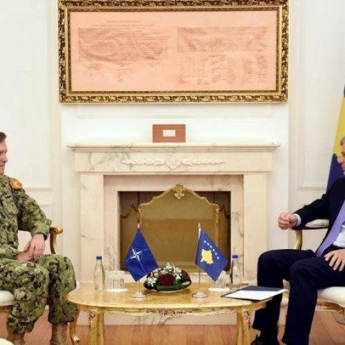Admirali Ferguson: Jemi të kënaqur me reformat e FSK-së
