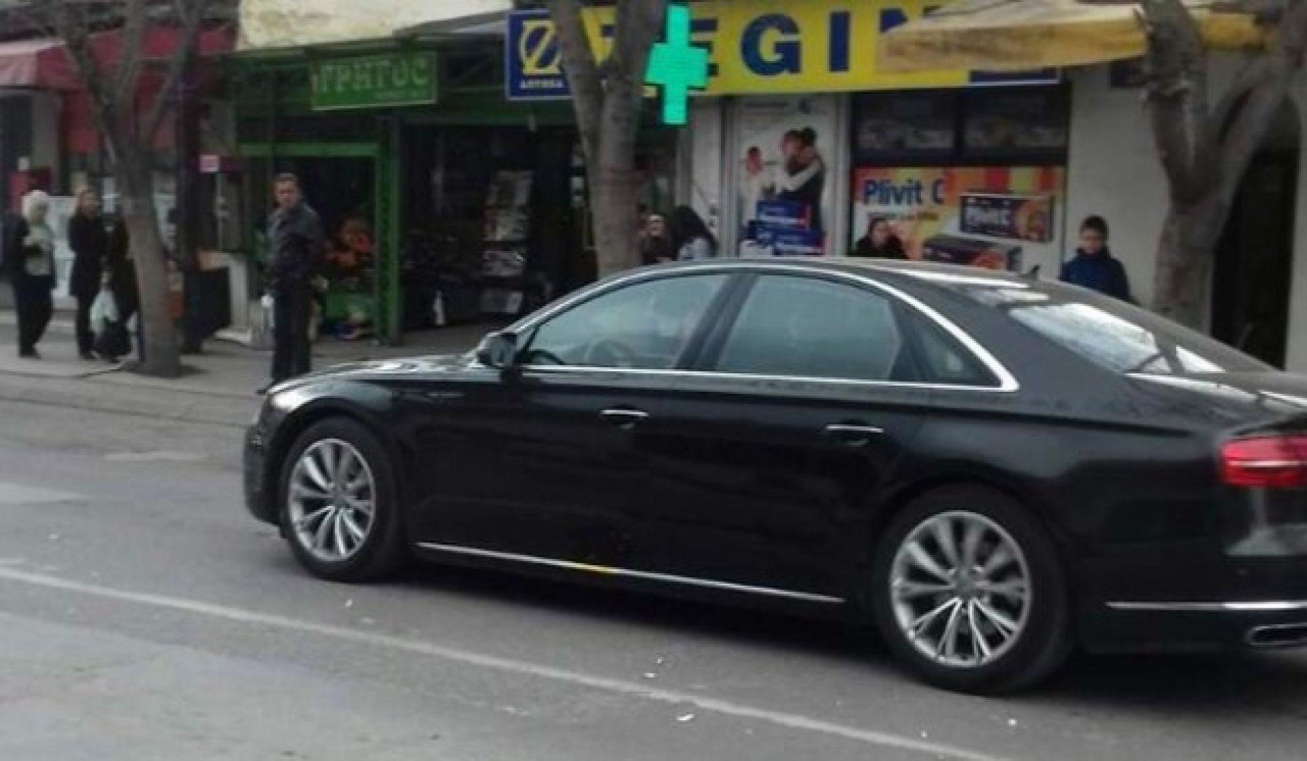 Sulmohet vetura e Zaevit në Shkup