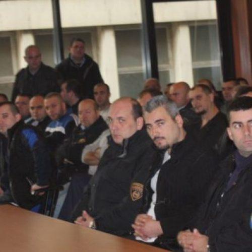 """Vazhdon seanca gjyqësore për """"Lagjen e Trimave"""", mbrojtja në listë ka 50 dëshmitarë, mes tyre dhe politikanë"""